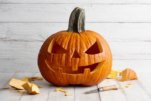 Immagini Zucca Di Halloween.La Storia Della Zucca Di Halloween Un Simbolo Diffuso In Tutto Il Mondo